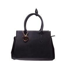 Torebka do ręki czy na ramię? Jeśli masz taki dylemat kup torebkę, którą możesz nosić na oba sposoby. :) GINA: http://bit.ly/1IN4pNt ma wygodne rączki, a dodatkowo jest wyposażona w pasek, który umożliwia noszenie jej na ramieniu. Dostępne kolory: czarny, niebieski i czerwony. #torebkanaramie, #torebkadoreki