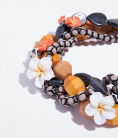 WOODEN BEADS NECKLACE from Zara