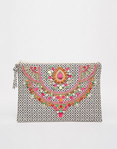 Buy Star Mela Arla Hand Made Embellished Clutch at ASOS. Get the latest trends with ASOS now. Ethno Style, Hippy Chic, Unique Purses, Sewing Art, Little Bag, Zipper Bags, Beaded Embroidery, Clutch Wallet, Evening Bags