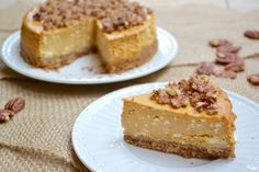 Pumpkin Cheesecake with Cinnamon Pecans