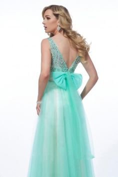My prom dress! In love!!(: