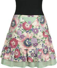 Vintage apron style / Vanilla House Today apron / ruffled apron / apron sewing pattern / apronology / floral half apron /