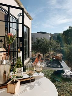 Unser Südafrika Geheimtipp: Klein Karoo, Swartbergpass und De Kombuys - SarahPlusDrei South Africa, Mansions, House Styles, Instagram, Places, Travel, Inspiration, Home Decor, Petite Piscine