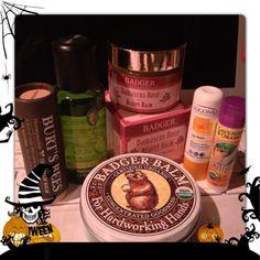 #InstaFrame乾燥対策はこれでバッチシかな?!#burtsbees#badger#balm#beauty#arganoil#primavera#oil#honey#logona#rose#cosmetic#usda - @minozo199012