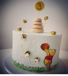 Today is Winnie the Pooh day. We love this beautifully simple cake by @vanilicans. See the best Edible Image Designs posted daily at http://topperoo.com/edible-image-designs/