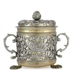 Parcel-gilt Silver Porringer and Cover  with mark of Jacob Bodendick, London,   circa 1670