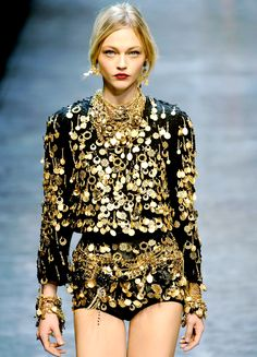 Sasha. Black & gold details