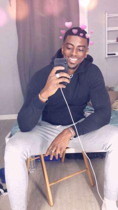 Cute Lightskinned Boys, Cute Black Guys, Black Boys, Cute Guys, Pretty Boys, Fine Black Men, Handsome Black Men, Fine Men, Handsome Faces