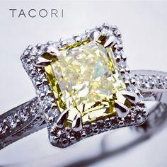 Canary Diamond looks lovely in the TACORI Dantela setting.