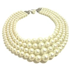 60s Faux Pearl Necklace, yes please!