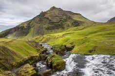Fimmvörðuháls – Skógar to Fimmvörðuskáli Best waterfall hike in the world!