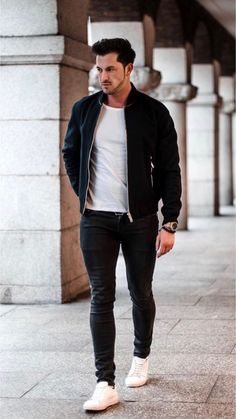 22 outfits you should copy from this influencer! Style Casual, Casual Outfits, Men Casual, Black Outfit Men, Bomber Jacket Outfit, Smart Casual Menswear, La Mode Masculine, Mens Clothing Styles, Stylish Men