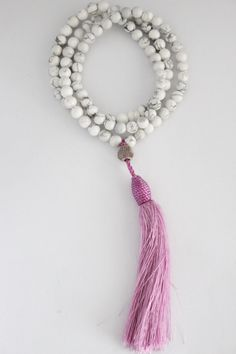 howlite-effect-stone-beads-with-purple