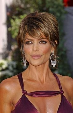 Lisa Rinna Short Shag Hairstyle                                                                                                                                                      More