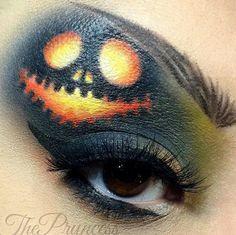 Pumpkin ghostly Halloween October makeup ideas @makeupby_alo
