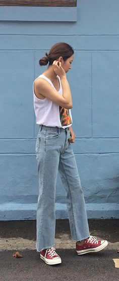 Going #normcore today in Daily About sleeveless top and jeans