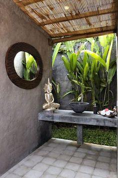 Villa Bayanaka - 2 bedroom villa in Canggu Bali - spa - outdoor area Outdoor Bathrooms, Outdoor Baths, Indoor Outdoor, Outdoor Living, Outdoor Showers, Outdoor Toilet, Indoor Plants, Bali House, Tropical Bathroom