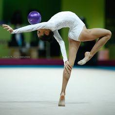 Gymnastics Photos, Rhythmic Gymnastics, European Championships, World Of Sports, Exercise, Flexibility Dance, Ejercicio, Exercises, Workouts