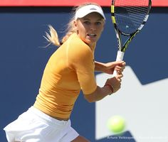 ROGERS CUP 2014 - Caroline Wozniaki in action against Serena Williams