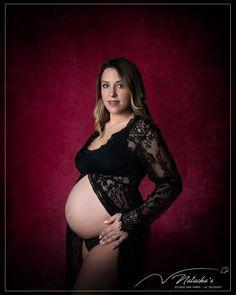 Nous avons accueilli une très jolie cliente enceinte d'une petite fille, pour réaliser une séance photo grossesse au studio à Saint Maur des Fossés ! Shooting Photo, Saint, Studio, Style, Fashion, Ile De France, Petite Fille, Photography, Swag