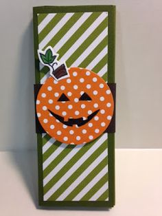 A Sparkly Season, Halloween Candy Bar Holder, Weekend Project, Stampin'Up!, Rubber Stamping, Handmade Cards, Halloween Party Favor