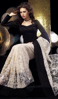 White Net Embroidered Designer Saree    Product Code : G3-LS8021  Price : INR RS 4632