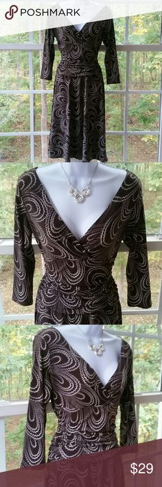 🔮Maggy London Chocolate Wrap Dress Maggy London Chocolate Wrap Dress. Excellent condition. Please let me know if you have any questions. Maggy London Dresses