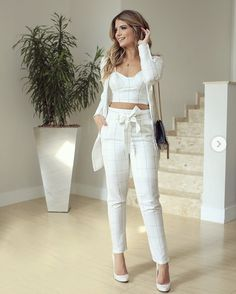 Swans Style is the top online fashion store for women. White Fashion, Look Fashion, Autumn Fashion, Womens Fashion, Chic Outfits, Trendy Outfits, Classy Outfits, Looks Chic, Casual Looks