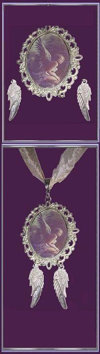 """collier féerique fantasy  """"Vilma la Nephilim enfant des anges déchu avec ses ailes grises"""" ❄ 32 € ❄ Métal, Résine ❄ B120 ❄ Les #BijouxFaitMain de #GabyFéerie , des #BijouxMadeinFrance #IdéeCadeau #collierféerique #bijoufantasy  #ceremonie  #mythesetlegendes #cadeaudenoel  #bijouange ❄ recherche avancée à l'aide du titre et des critères choisis:"""