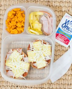Perfect for a school lunch and keeper than buying them - Hawaiian Pizza Bagel Lunch Box #wishihadwetones #ad