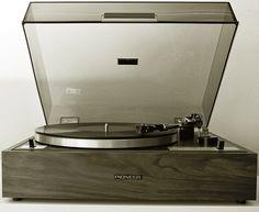 Vintage Plattenspieler Pioneer PL 10  1a in Schuss, inkl. Haube und Ortofon-System.