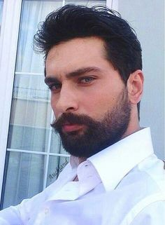 Onur tuna Turkish Men, Turkish Actors, Hot Men, Hot Guys, Middle Eastern Men, Twitter Header Photos, Light Eyes, Head & Shoulders, Dream Man