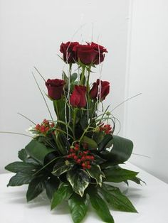 1 million+ Stunning Free Images to Use Anywhere Contemporary Flower Arrangements, Tropical Floral Arrangements, Christmas Flower Arrangements, Vase Arrangements, Christmas Flowers, Beautiful Flower Arrangements, Flower Centerpieces, Beautiful Flowers, Altar Flowers