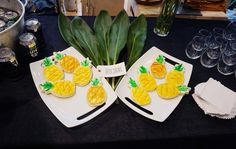 The Little Sugars Pineapple Cookies at the Bikyni Pop-Up Shop at Madewell.   #MiamiSwimWeek