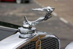 1931 Nash 8 Mermaid Hood Ornament Retro Cars, Vintage Cars, Antique Cars, Car Symbols, Car Hood Ornaments, Car Logos, Car Badges, Radiator Cap, Cars For Sale