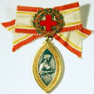 to achieve the honor of getting the Florence Nightingale Medal/Award in Nursing :D Nursing Profession, Nursing Pins, Kids Homework, Florence Nightingale, Award Certificates, Red Cross, Vintage Love, Badge, Awards