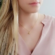 Everyday Necklace, Bird Necklace, Free Spirit, Gold Chains, Chokers, Trending Outfits, Unique Jewelry, Etsy, Vintage