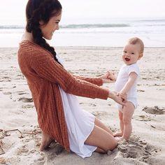 Beautiful shot of mamma & baby.