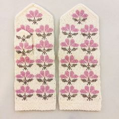 Another sneak- peak from our special flower theme edition  These mittens are so tender and feminine  Soon available online: www.tines.lv   #vantar #selbuvotter #mittens #gloves #knittedmittens #knitmittens #woolgloves #ethnographic #handknitted #strikking #strike #strikk #handarbeit #latvian #madeinlatvia #knitting #votter #pattern #mittenpattern #multicolor #igers #instagramers #instapic #photooftheday