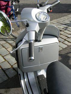 vespa px Piaggio Scooter, Vespa Lambretta, Vespa Scooters, Vespa Px 150, T5, Engine, Biker, Wheels, Tattoo