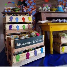 Ideias para festa tema praia, usando caixotes...