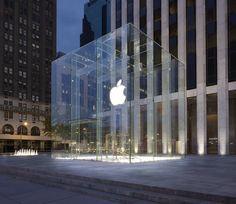 Apple Store, Fifth Avenue, New York, 2006 - Bohlin Cywinski Jackson