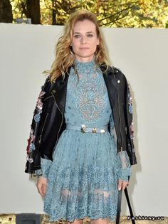 53c35975b Diane Kruger Photos - Diane Kruger attends the Elie Saab show as part of the  Paris Fashion Week Womenswear Spring/Summer 2017 on October 2016 in Paris,  ...