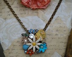 vintage necklace idea w/brooches and earrings