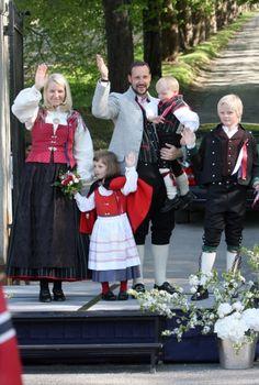 Famille héritière de Norvège avec la princesse Ingrid Alexandra et le prince Sverre Magnus