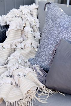 Moroccan Berber wedding blanket from http://blog.stylizimo.com/