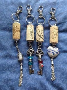 Wine Cork Jewelry, Wine Cork Art, Bottle Jewelry, Wine Cork Crafts, Key Jewelry, Rustic Jewelry, Glass Jewelry, Jewlery, Jewelry Making