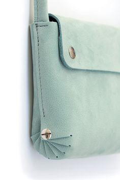 small handbag mint small leather handbag with a nifty detail on the side material: nubuck leather size: 11 x 15 cm Leather Gifts, Leather Bags Handmade, Sewing Leather, Leather Craft, Leather Purses, Leather Handbags, Small Leather Bag, Crea Cuir, Sacs Design