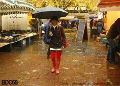 in una giornata di pioggia col look giusto