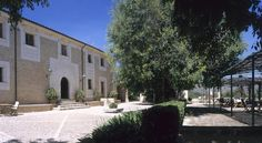 Son Siurana Alcudia Set in over 100 hectares of beautiful countryside, this charming farmhouse provides the perfect place to enjoy a peaceful break in rural Majorca.  The Son Siurana is surrounded by its own picturesque estate of almond and fig trees.